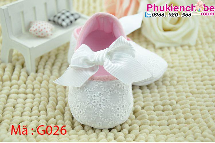 Kết quả hình ảnh cho giày cho bé sơ sinh